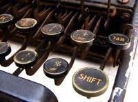 antique_typewriter 4 wordpress 200